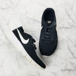 Nike Tanjun Big Kids Black Sneakers